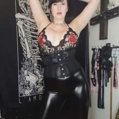 Mistresssarrah9 BDSM photo on kinkdome