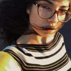 Lora lesbian photo on New York Gays Club