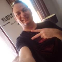 Jozua gay photo on God is Gay.