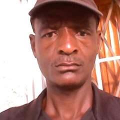Mthunzi Gm gay photo on God is Gay.
