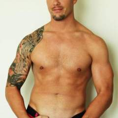 Aaron gay photo on New York Gays Club