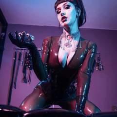 Goddesshellfire BDSM photo on San Jose Kinkers Club