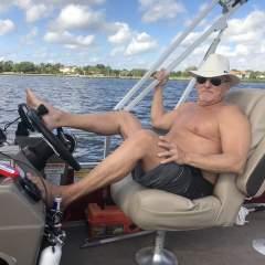 Oceanlovers0118 swinger photo on Florida Swingers Club