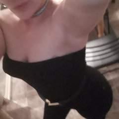 Redhead Mistress swinger photo on West Virginia Swingers Club
