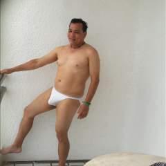 Jose Latino swinger photo on SwingersPlay.