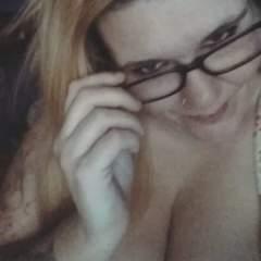 Lonelybibbwwife918 swinger photo on SwingersPlay.
