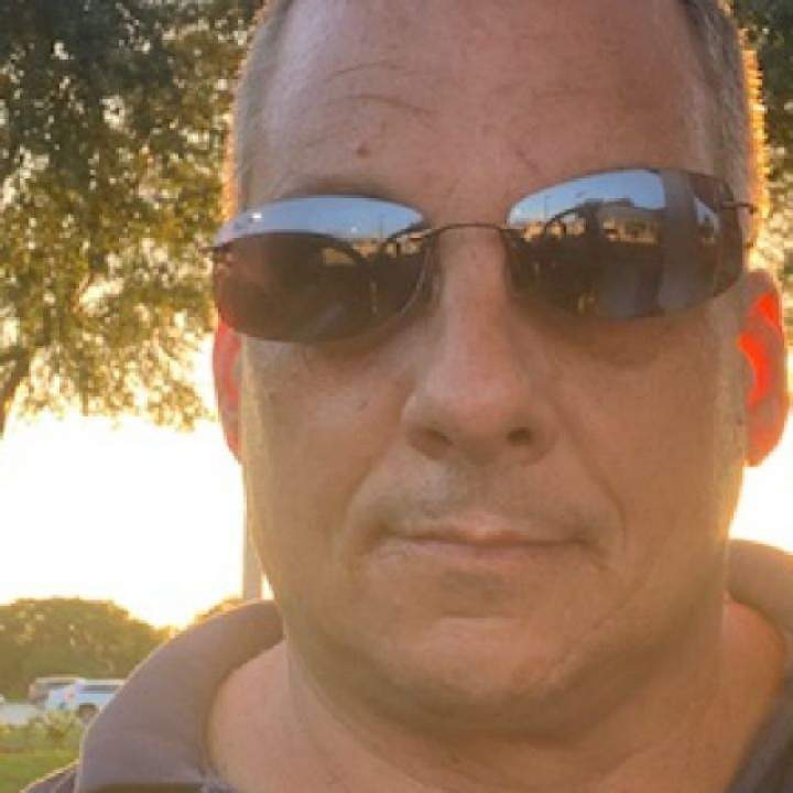 Mbug Photo On Florida Swingers Club
