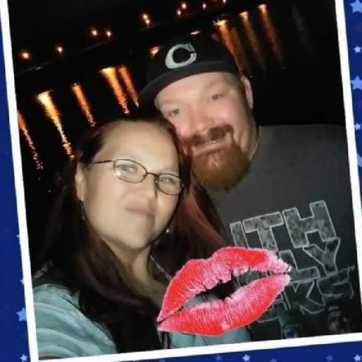 Couplelookin4fun Photo On North Carolina Swingers Club