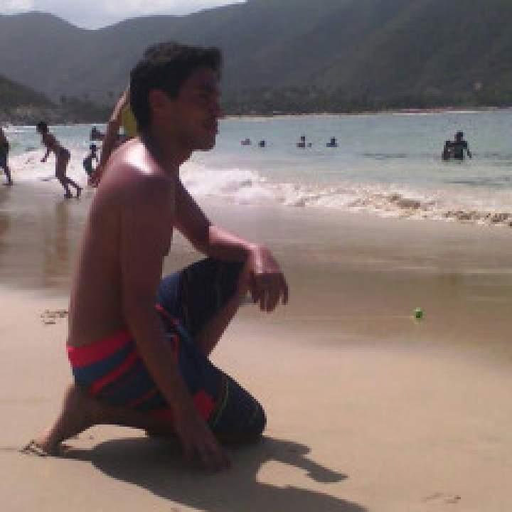 Dougsalir90 Photo On Caracas Gays Club