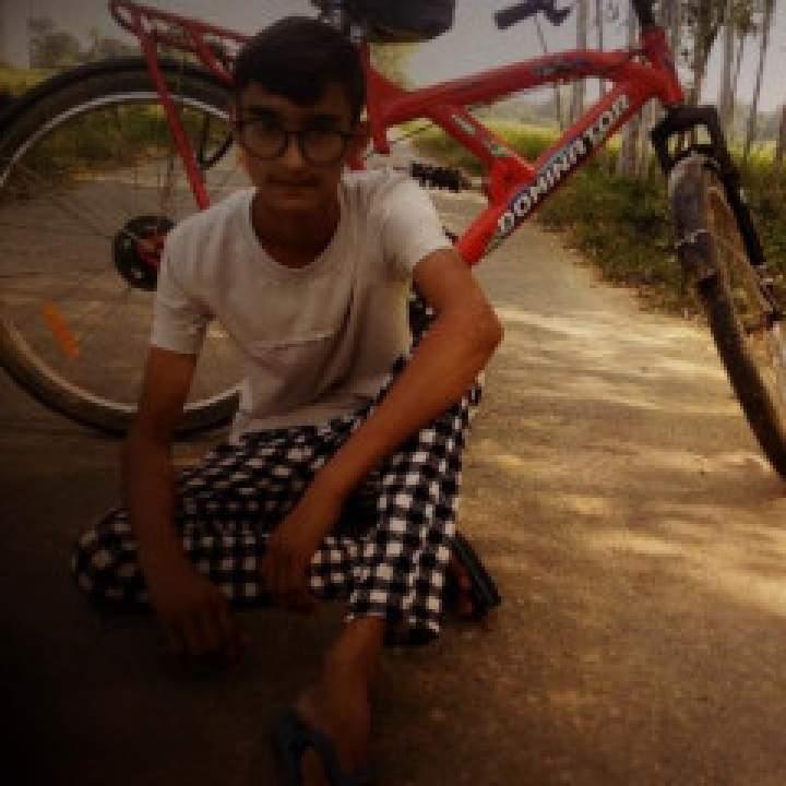 Adii Singh Photo On Basti Gays Club