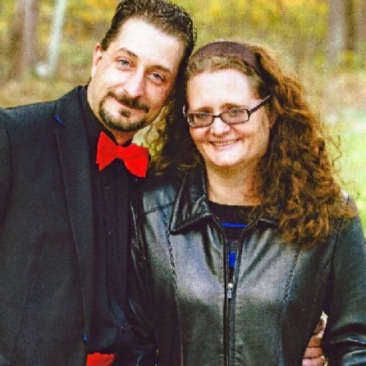 Hornygreenecpl Photo On Pittsburgh Swingers Club