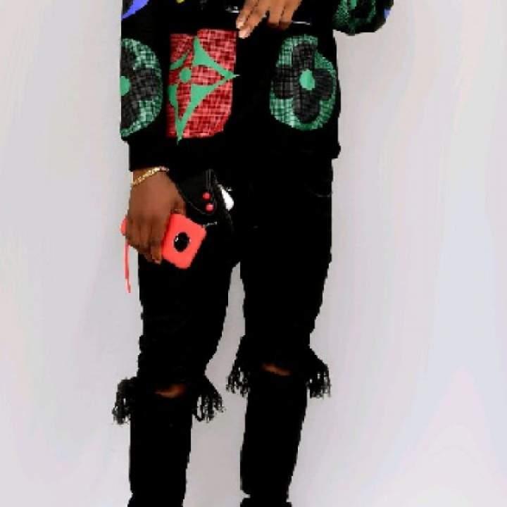 Young Wealth Photo On Nigeria Gays Club