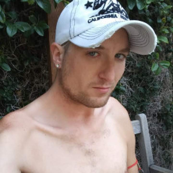 Kumguzzler_91 Photo On 92057 Gays Club
