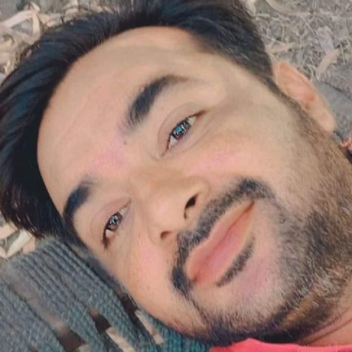 Sahil Khan Photo On Ghotki Gays Club
