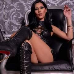 Mistress Carolina