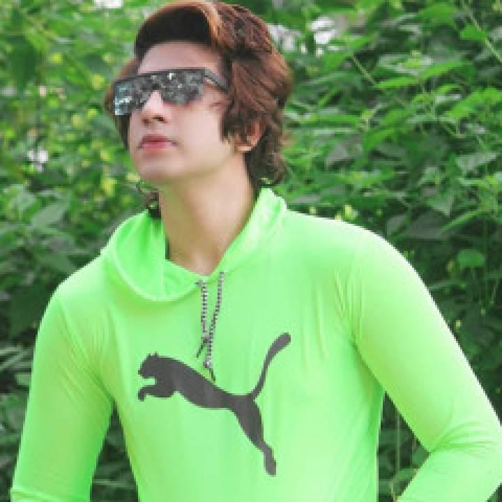 Yasirr Photo On Islamabad Gays Club