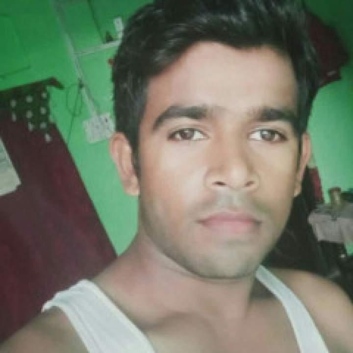 Robin Singh Photo On Delhi Gays Club