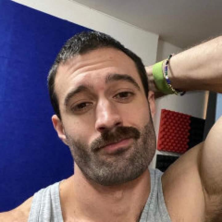 Chris Photo On New York Gays Club