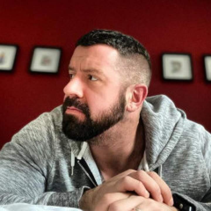 Gabriel Photo On California City Gays Club