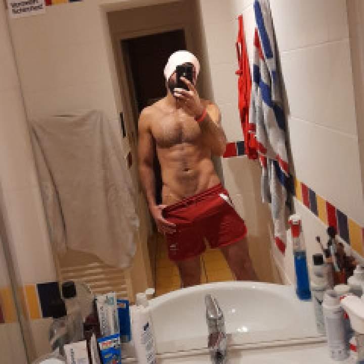 Amer Photo On Vienna Gays Club