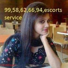Call Girls In Mahipalpur,...