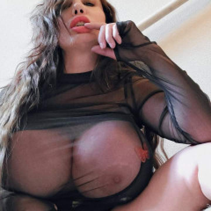 Linda Alba Photo On Jungo Live