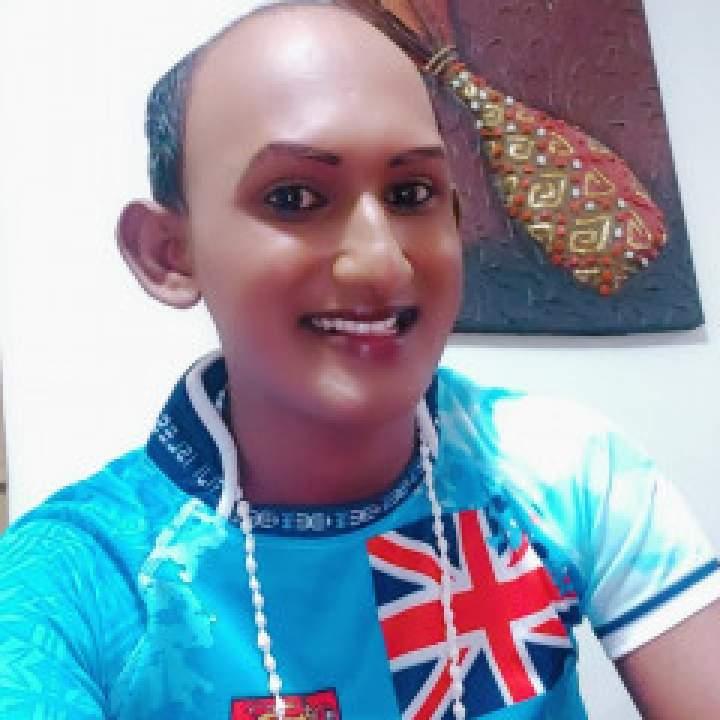 Ron Photo On Fiji Gays Club