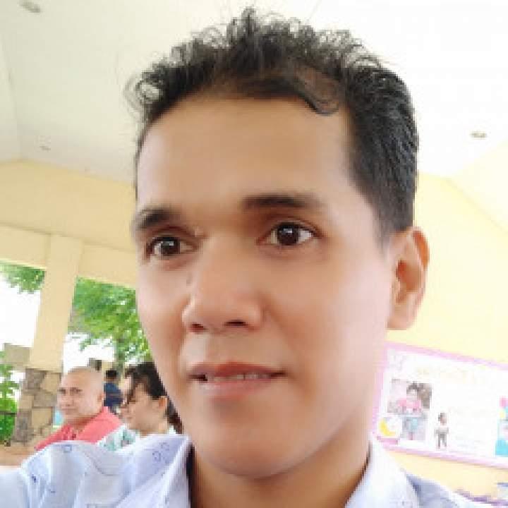 Niels Photo On Cavite City Gays Club