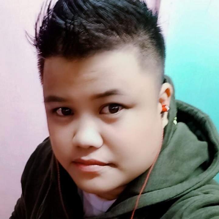 Bhadz Photo On Quezon City Gays Club