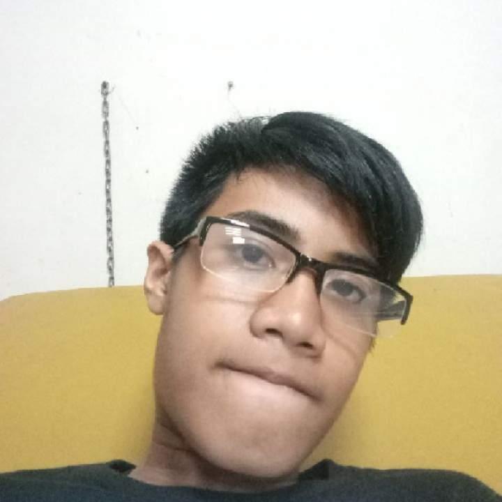 Krezean Photo On Caloocan Gays Club