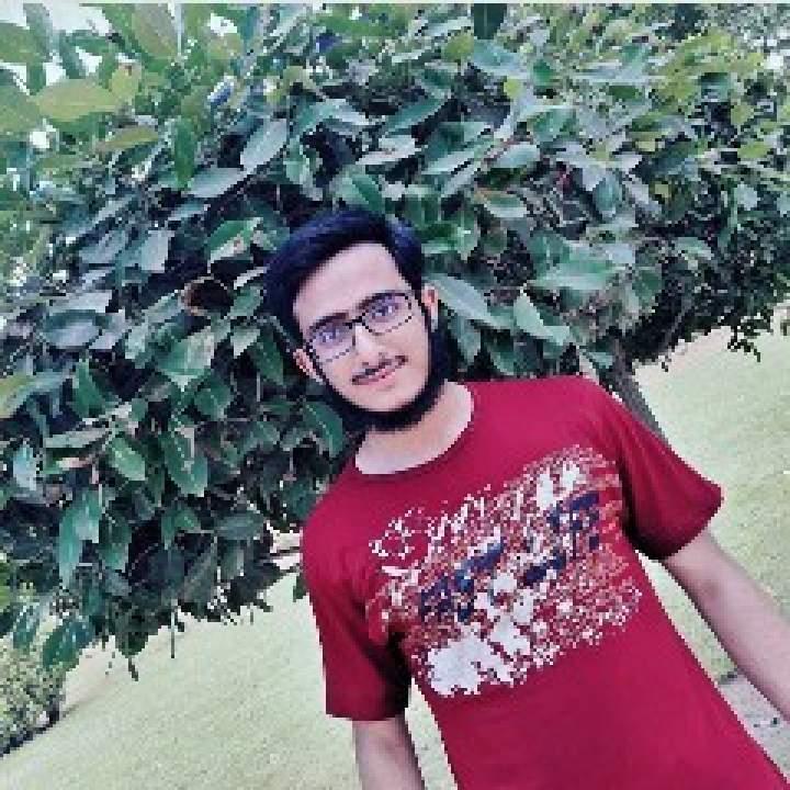 Huzaifa Photo On Karachi Kinkers Club