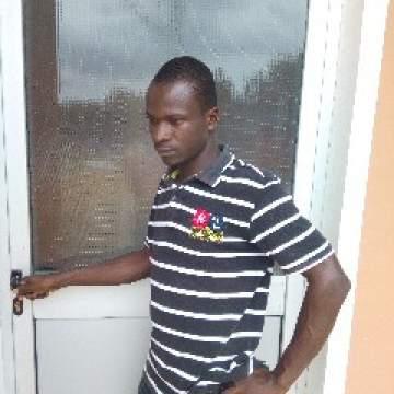 Courageous Photo On Accra Kinkers Club