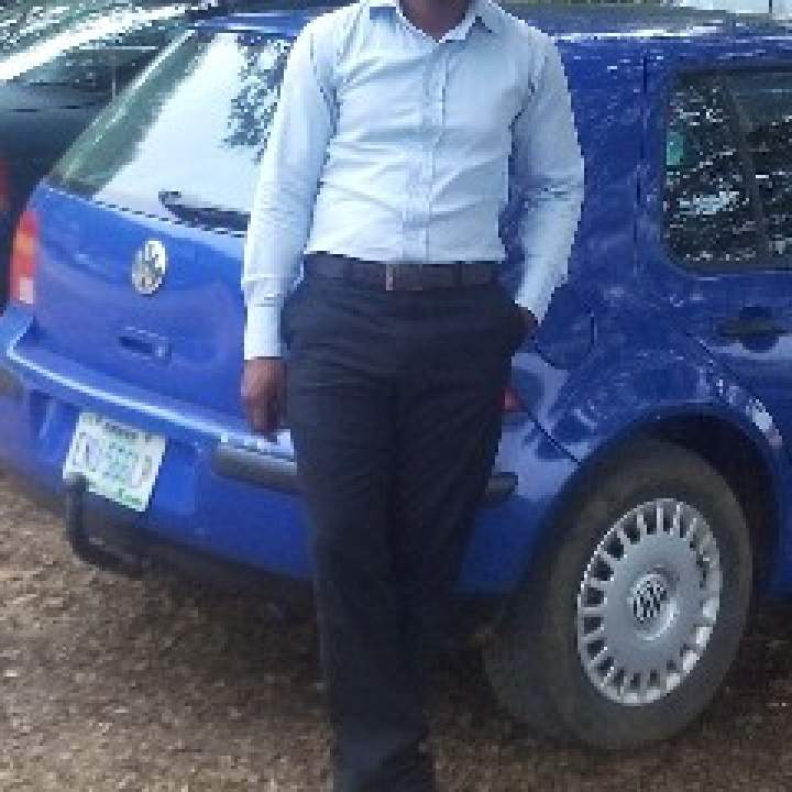 Senator Photo On Warri Kinkers Club