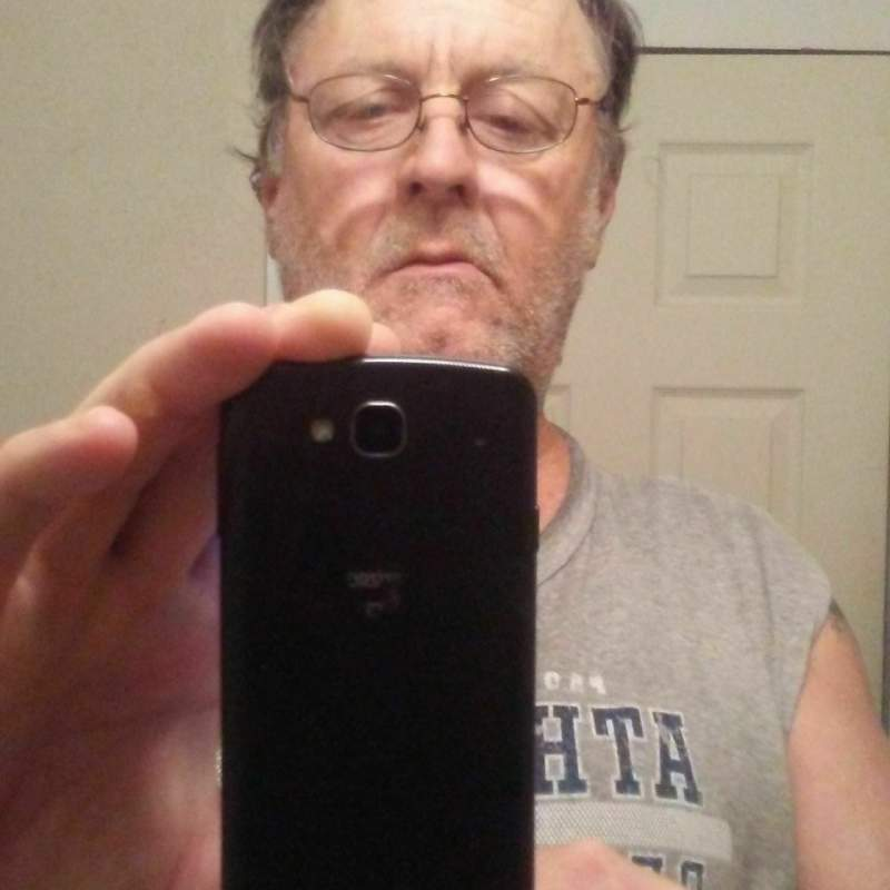 Hey everyone my name is Allen and I am a 54 yr old versatile white male from Gonzales TX I am looking for couples or females or bi men and If the couple the male is bi would be great I live in Gonzales TX you can text me at 8303390570