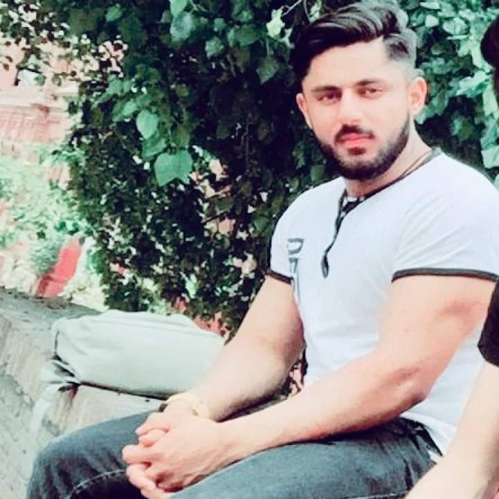 Ali Photo On Lahore Swingers Club