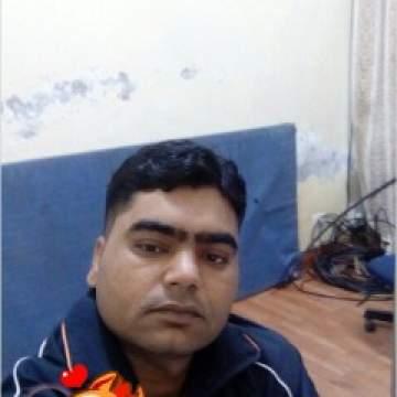 Rana Photo On KinkTaboo.