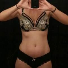 Fantasy Waitress Profile Photo