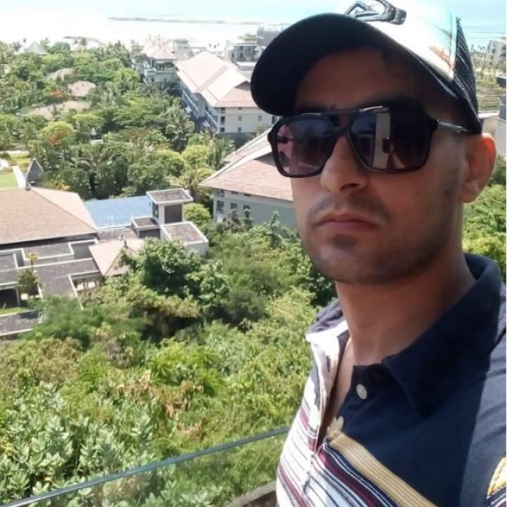 Middle East Boy Photo On Jakarta Swingers Club