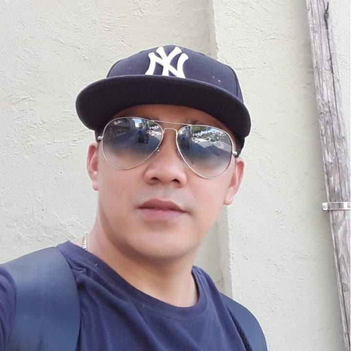 Logan Photo On Quezon City Swingers Club