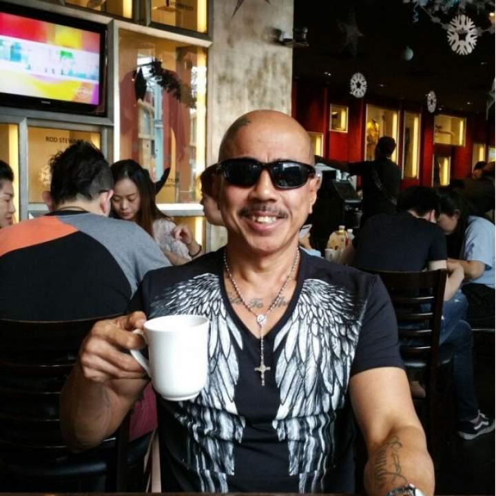 Jolly Photo On Singapore Swingers Club