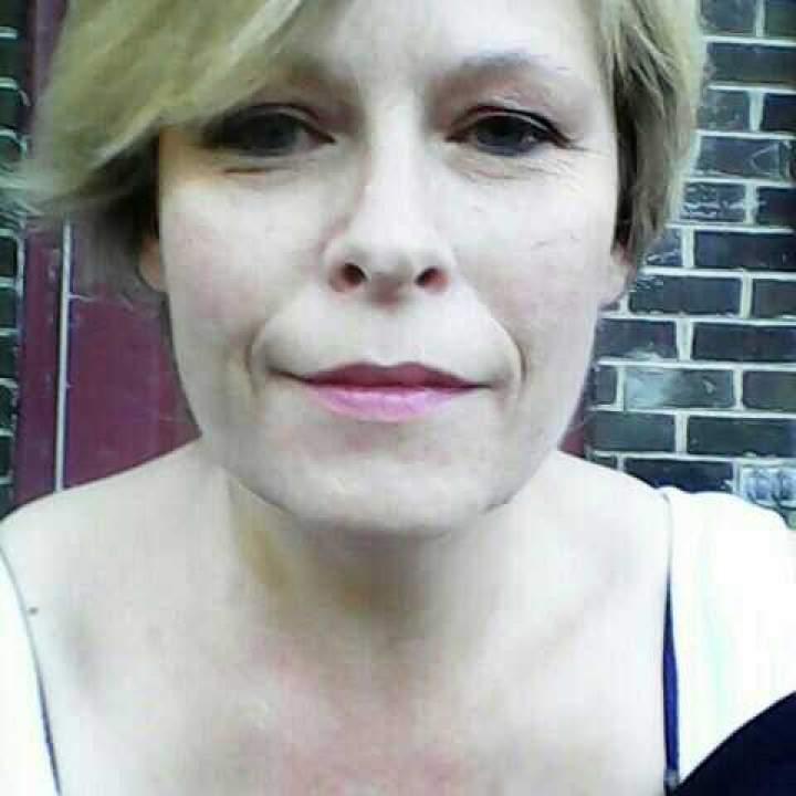 Arzena Photo On Cleveland Swingers Club