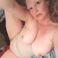 Mae_hennessey Profile Photo