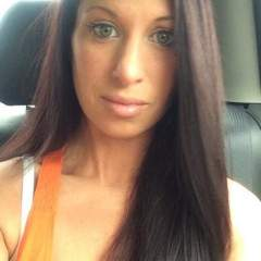 Hotwifehelen Profile Photo