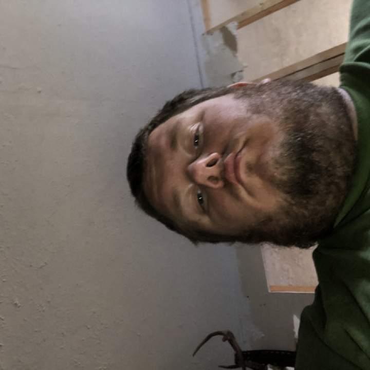 Lovable Guy Photo On Louisville Swingers Club