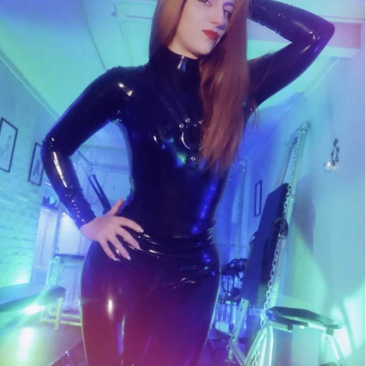 Mistress Sandra Photo On Kinkdom.club