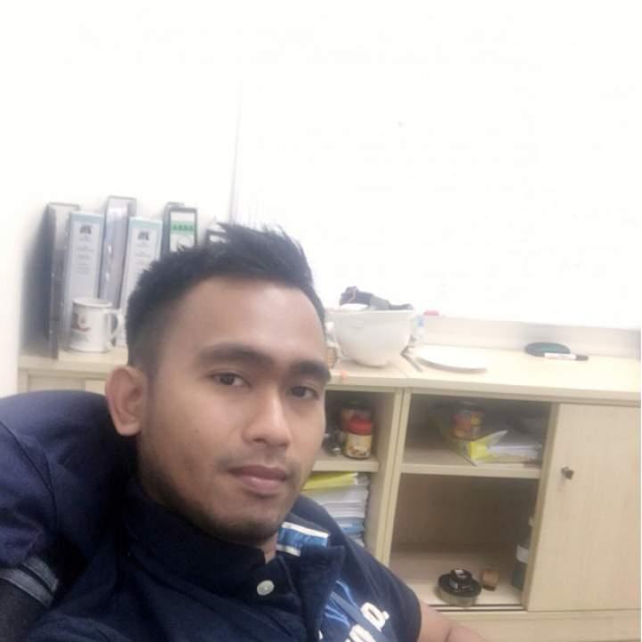 Zain Photo On Shah Alam Swingers Club