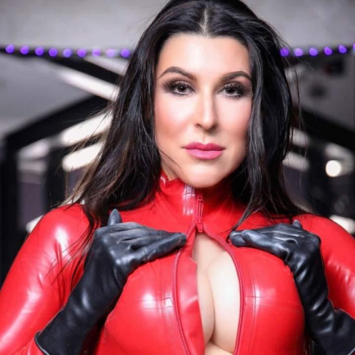 Mistress Bella Photo On Kinkdom.club