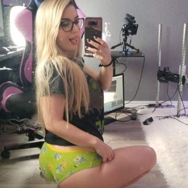 Hornykalie Photo On Jungo Live